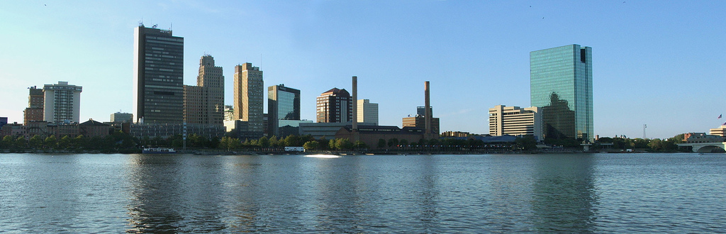 Skyline_of_Toledo,_Ohio